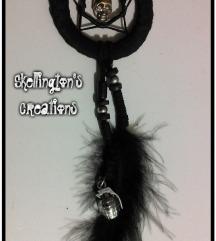 Crna ogrlica sa priveskom lobanje