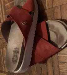 Mubb papuce