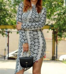 Siva haljina zmijski print NOVA