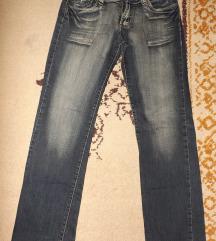 PASCINO jeans odlicne farmerke