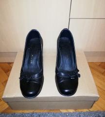 Crne cipele salonke