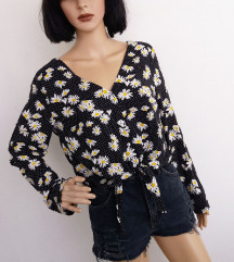 H&M kratka cvetna bluza sa vezivanjem