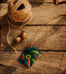 Ručno pravljena ogrlica