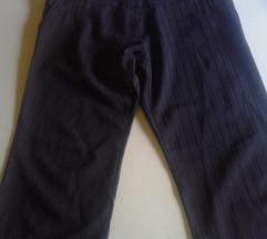 Identic crne 7/8 pantalone.akcija