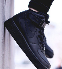 REZ 🖤 Nike Air Force 1 Mid Black 🖤