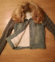 Topla, preslatka jaknica!!S Snizena 1000 RSD