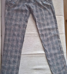 Ramax karirane pantalone