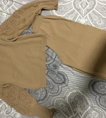 Komplet dzemper i pantalone