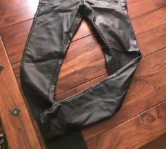 Pantalone kao kozne