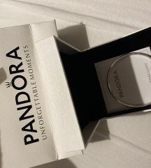 Pandora narukvica NOVO