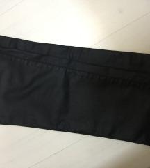 Voskirane pantalone kao kozne