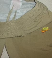 Nike  5-6god.