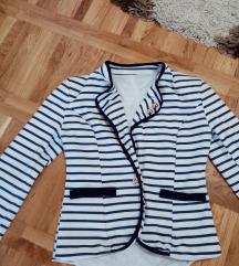 Predivan mornarski sako, M