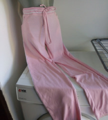 Roze trenerka M