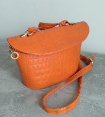Narandzasta cvrsta torbica kroki