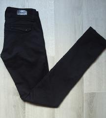 Crne i teget CAST skinny pantalone 28