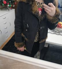 Monton jakna nova sa krznom