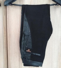 %Pantalone sa koznim detaljima 36