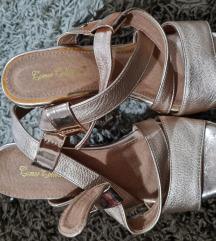 Sandale na platformu br. 37