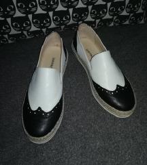Crno  -  bele espadrile (Koton)