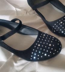 Cipelice za princezu br 32