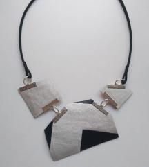 Ogrlica- ručni rad