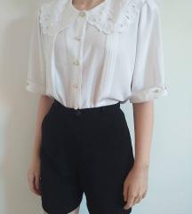 Vintage bela košulja