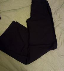 duboke kilote pantalone crne Akcija