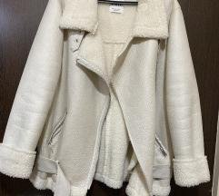 Zara jakna snizena