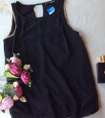 Atmosphere iz Beča  crna bluza bez rukava