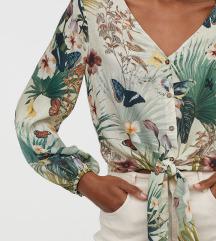 H&M bluza sa floral printom NOVA