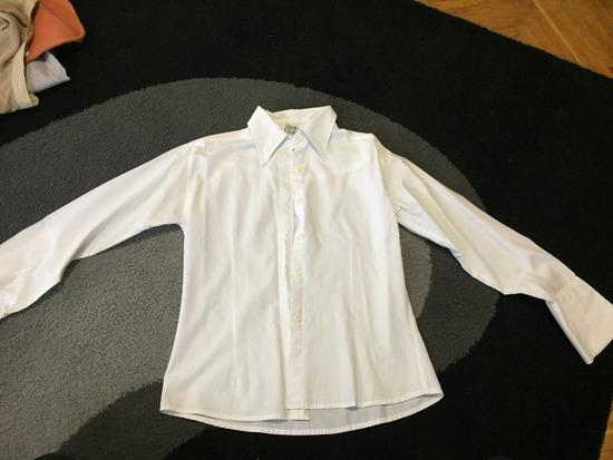 Bela košulja