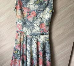Cvetna šarena haljina