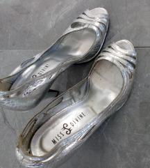 MISS DIVINE Cipele na stiklu