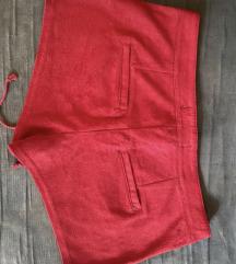 Crveni šorts