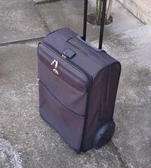 kofer samsonita mis boja