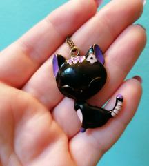 Ogrlica sa priveskom mace NOVO