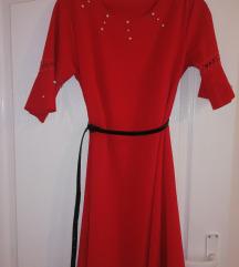Crvena A haljina