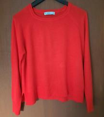 ZARA crveni džemperić