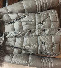 C&a nova jakna sa krznom