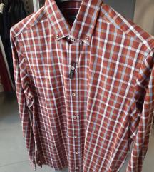 Nova muška karirana košulja