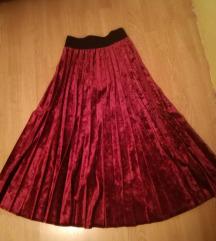 Suknja plisirana.
