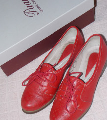 Paar cipele od prave kože