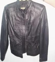 Crna prava kozna jakna