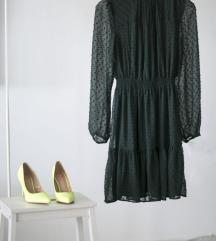 Dostupna! zelena haljina sa reljefnim tufnama
