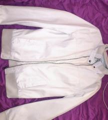 Bež očuvana jaknica