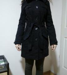 Crni dugacak kaput H&M SNIZENJE