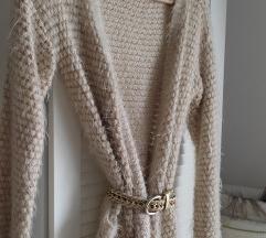 Praktičan čupavi džemper - kardigan
