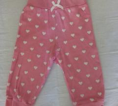 Pantalone za bebe 68