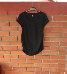 H&M mama crna majica za trudnice